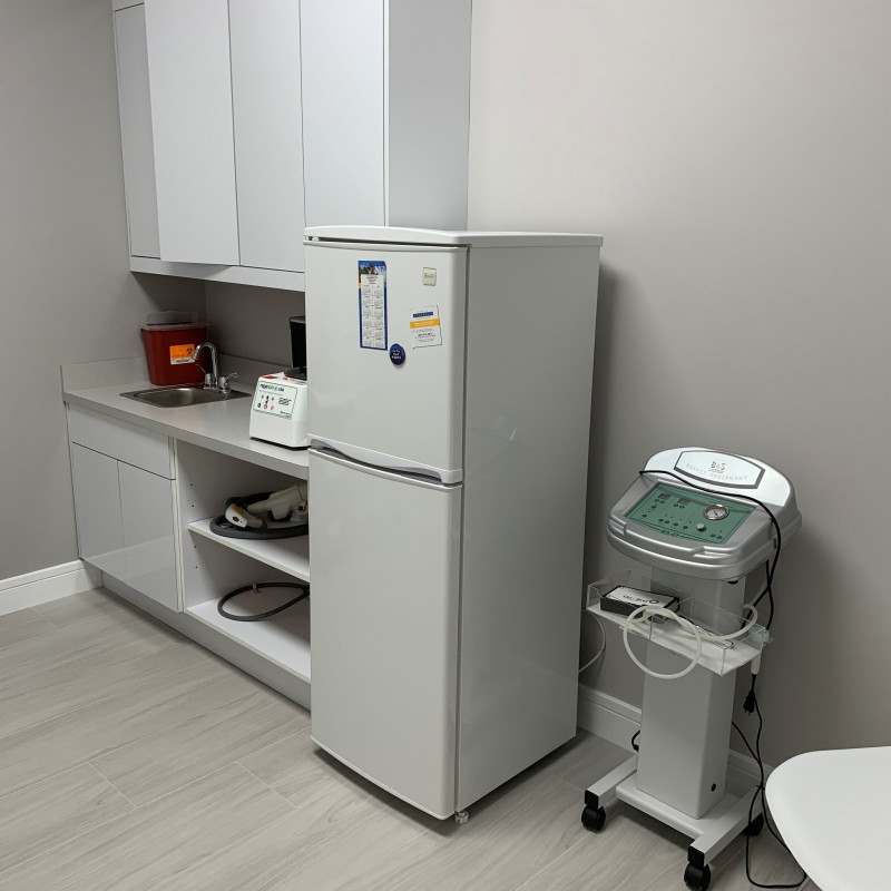 Medical room for rent Treatment Room 1 West Palm Beach Florida United States